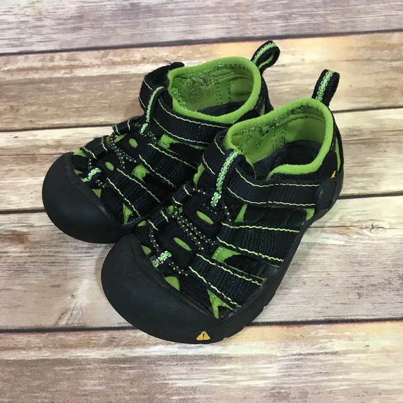 7f1e75d9d839 Keen Other - Keen green Newport H2 sandals shoes